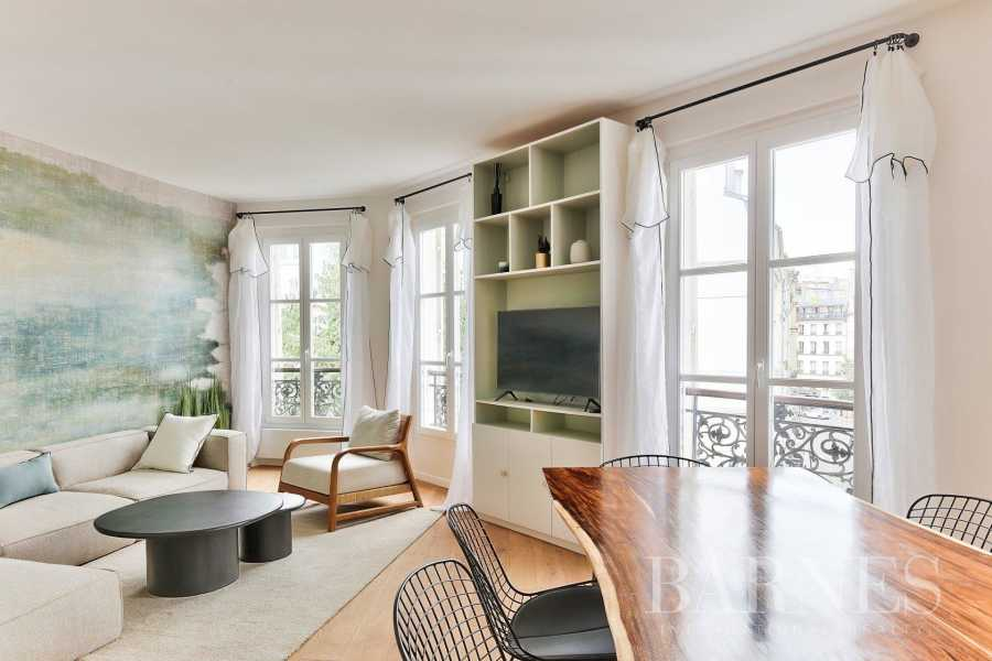 Apartment Paris 75003
