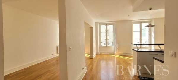 Appartement Paris 75008  -  ref 5963228 (picture 1)