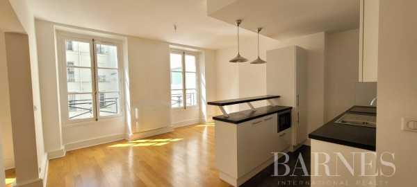 Appartement Paris 75008  -  ref 5963228 (picture 2)