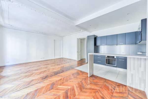Appartement Paris 75008  -  ref 3468563 (picture 3)