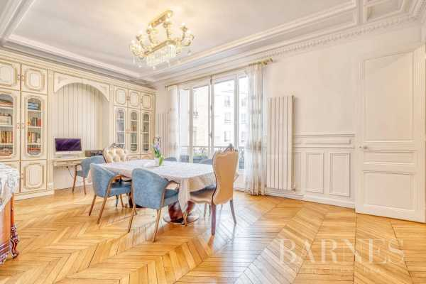 Appartement Paris 75008  -  ref 5581628 (picture 3)