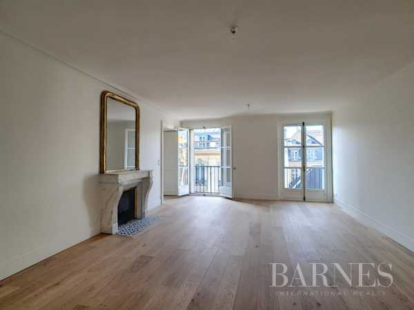 Appartement Paris 75008  -  ref 5298585 (picture 3)