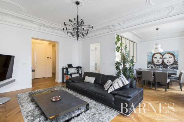 Appartement Paris 75008  -  ref 4439554 (picture 2)