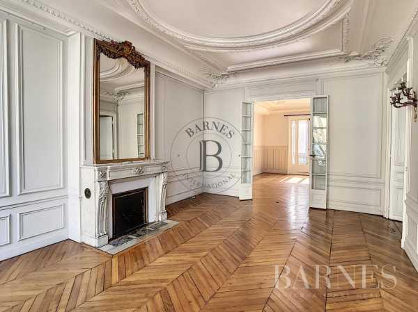 Appartement Paris 75008  -  ref 2766805 (picture 1)