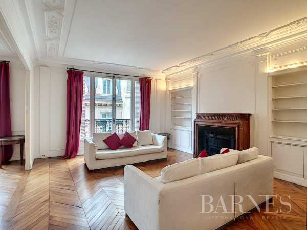 Appartement Paris 75008  -  ref 2765235 (picture 3)