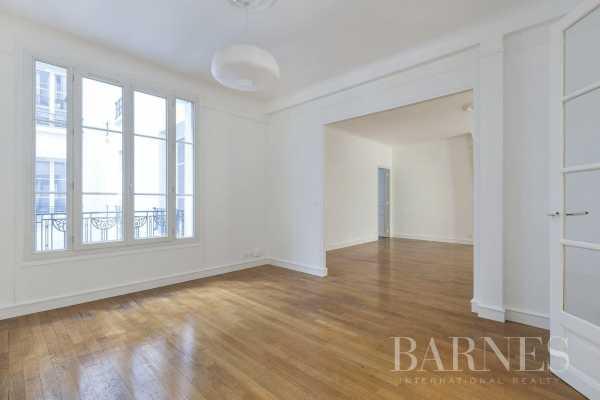 Appartement Paris 75017  -  ref 2766830 (picture 2)