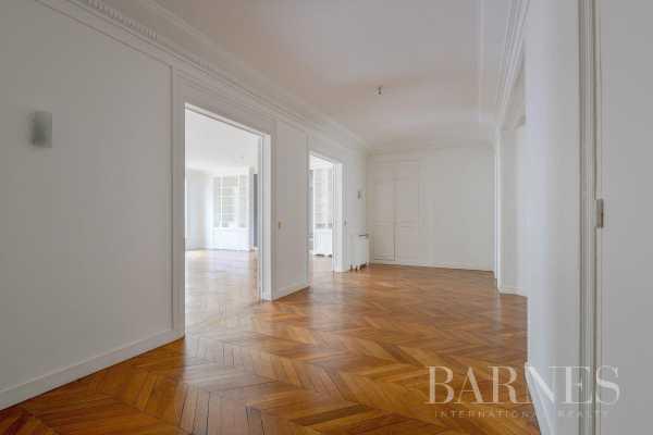 Appartement Paris 75008  -  ref 2767581 (picture 3)