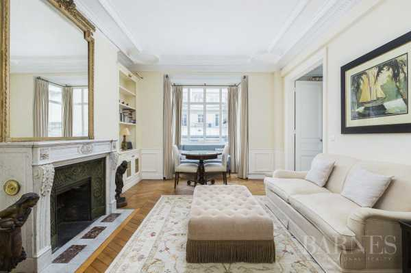 Apartment Paris 75008  -  ref 3423697 (picture 3)