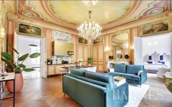 Appartement Paris 75008  -  ref 5856872 (picture 2)