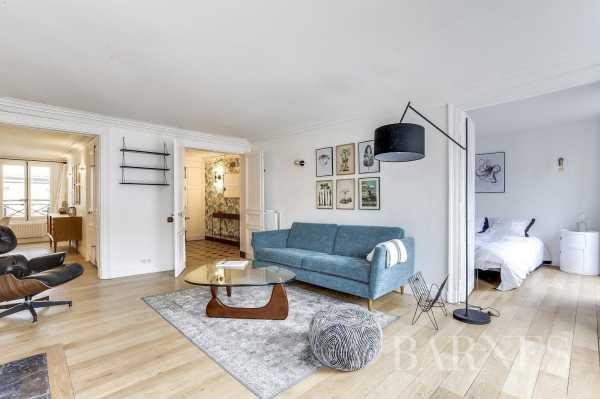 Appartement Paris 75001  -  ref 2765986 (picture 2)