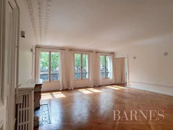 Appartement Paris 75008  -  ref 5743440 (picture 2)
