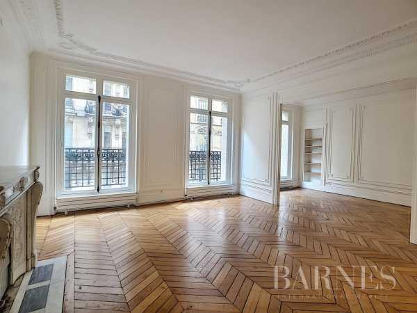 Apartment Paris 75017  -  ref 4381373 (picture 2)