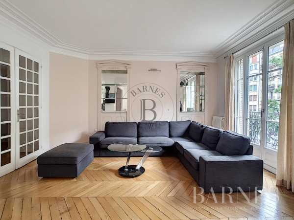 Appartement Paris 75011  -  ref 3070662 (picture 2)