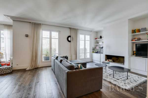 APARTAMENTO, Paris 75008 - Ref 3054572