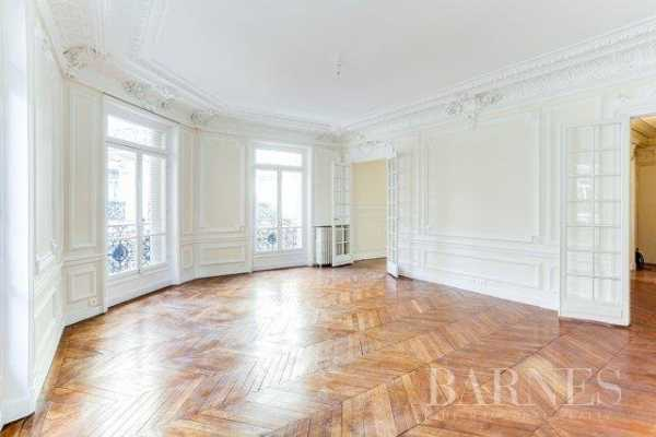 Appartement Paris 75008  -  ref 2765760 (picture 2)