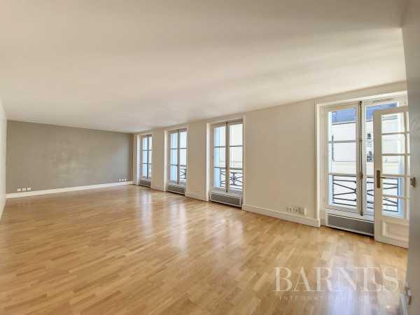 Appartement Paris 75008  -  ref 6048757 (picture 2)