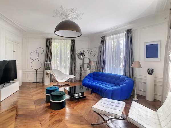 Appartement Paris 75008  -  ref 5843859 (picture 1)