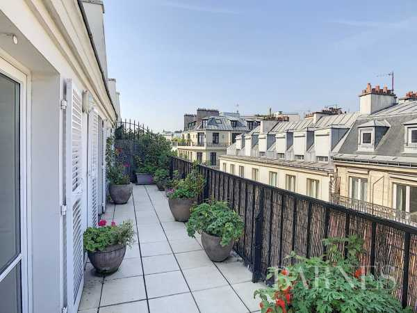 Apartment Paris 75008  -  ref 4293824 (picture 1)