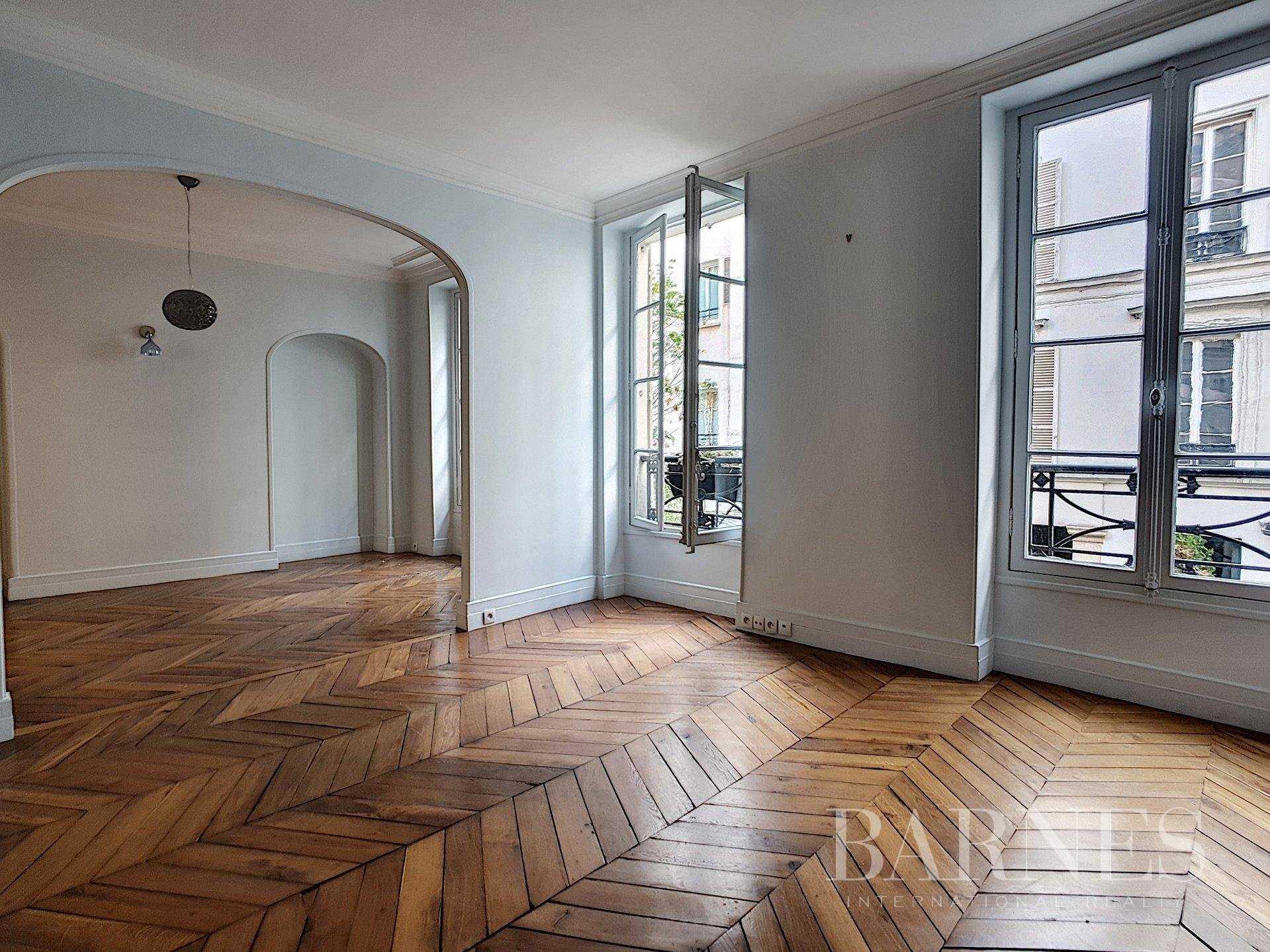 Appartement Paris 75008  -  ref 4364003 (picture 1)
