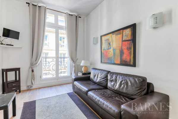 Studio Paris 75008  -  ref 2888409 (picture 3)
