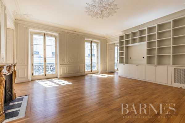 Appartement Paris 75008  -  ref 4093869 (picture 1)