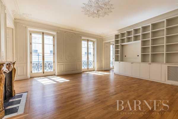 Apartment Paris 75008  -  ref 4093869 (picture 1)