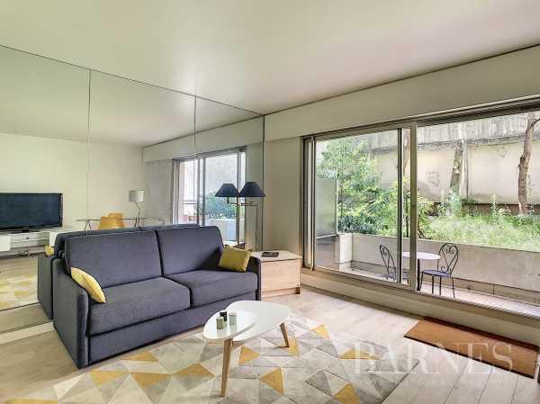 Apartment Paris 75008  -  ref 4298013 (picture 1)