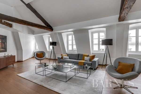 Appartement Paris 75008  -  ref 2766021 (picture 2)