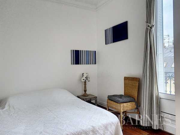 Apartment Paris 75008  -  ref 2771143 (picture 2)