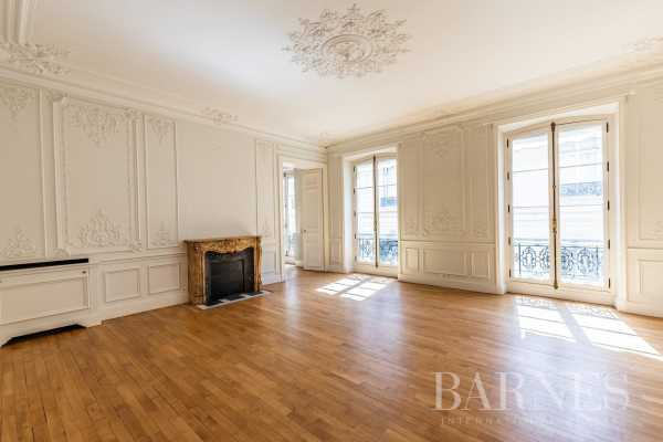 Appartement Paris 75008  -  ref 4093869 (picture 2)