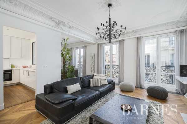 Appartement Paris 75008  -  ref 4439554 (picture 1)