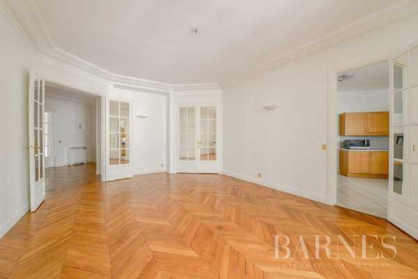 Appartement Paris 75008  -  ref 2767581 (picture 2)