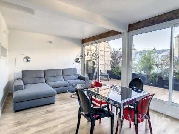 Appartement Paris 75008  -  ref 6180044 (picture 2)