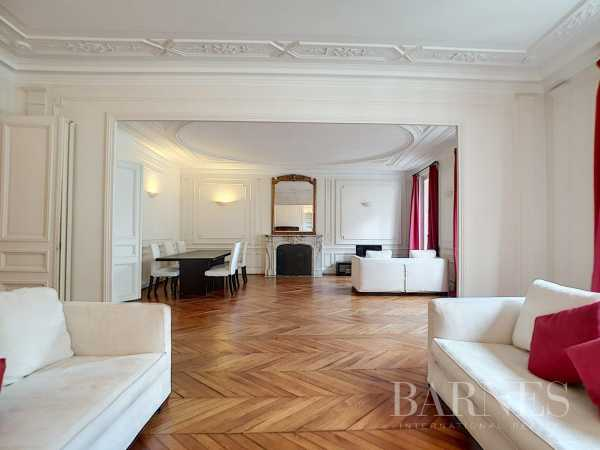 Appartement Paris 75008  -  ref 2765235 (picture 2)