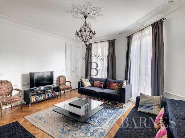 Appartement Paris 75008  -  ref 5586081 (picture 2)