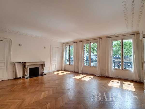 Appartement Paris 75008  -  ref 5743440 (picture 1)