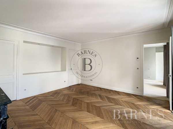 Appartement Paris 75008  -  ref 6067393 (picture 2)