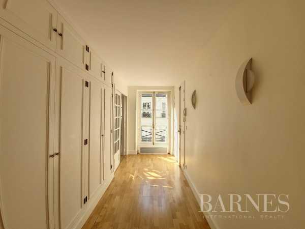 Appartement Paris 75008  -  ref 6048757 (picture 3)