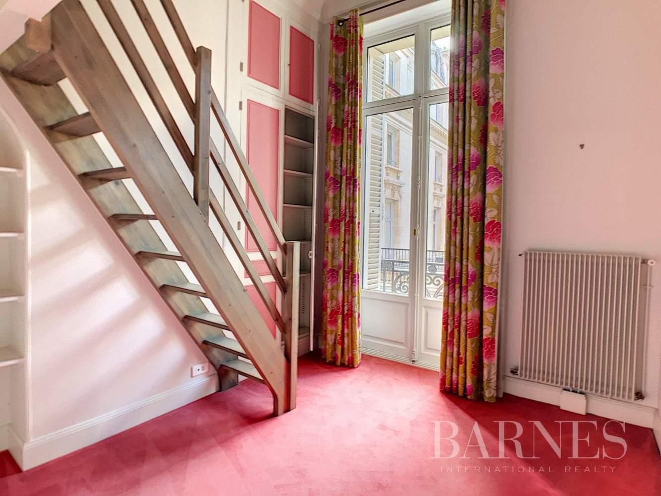 Paris  - Appartement 6 Pièces 3 Chambres - picture 19