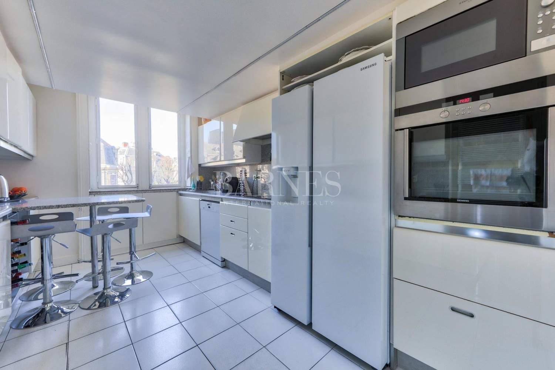 Paris  - Apartment 4 Bedrooms - picture 14