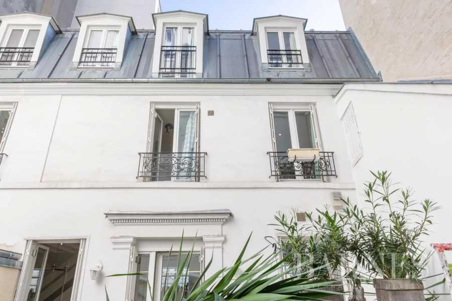 Paris  - Maison 4 Pièces 3 Chambres