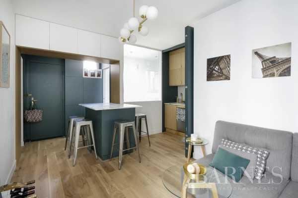 Appartement Paris 75018  -  ref 5603157 (picture 2)