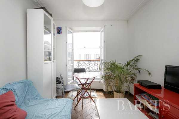 Appartement Paris 75018  -  ref 5467147 (picture 2)