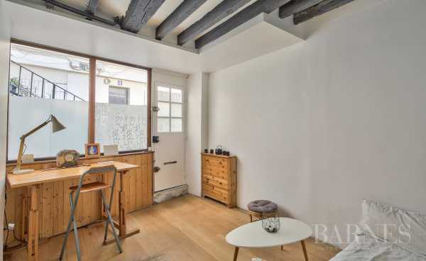 Apartment Paris 75018  -  ref 3329866 (picture 2)