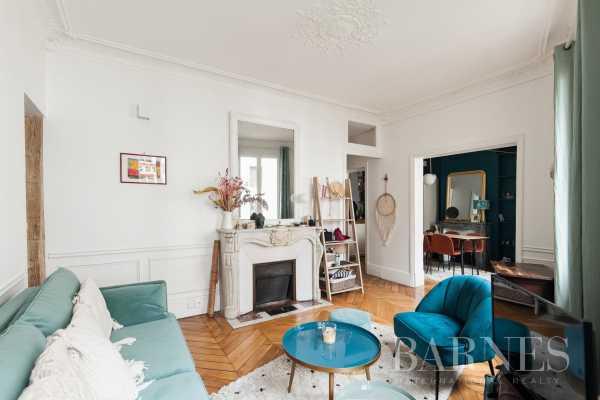 Apartment Paris 75018  -  ref 3779161 (picture 1)