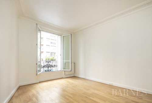 Apartment Paris 75018  -  ref 2651206 (picture 1)