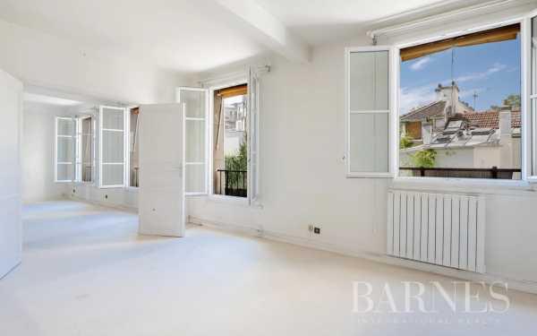 Appartement Paris 75018  -  ref 5992181 (picture 2)