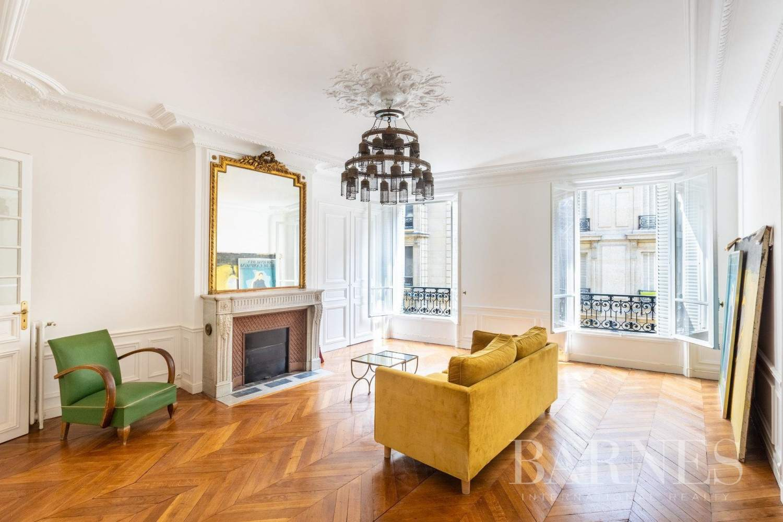 Paris  - Appartement 6 Pièces 3 Chambres - picture 1