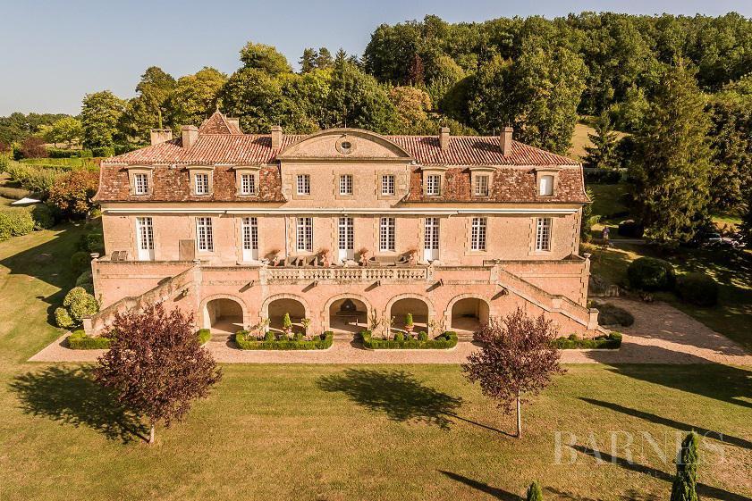 Saint-Cyprien  - Château 18 Pièces 9 Chambres
