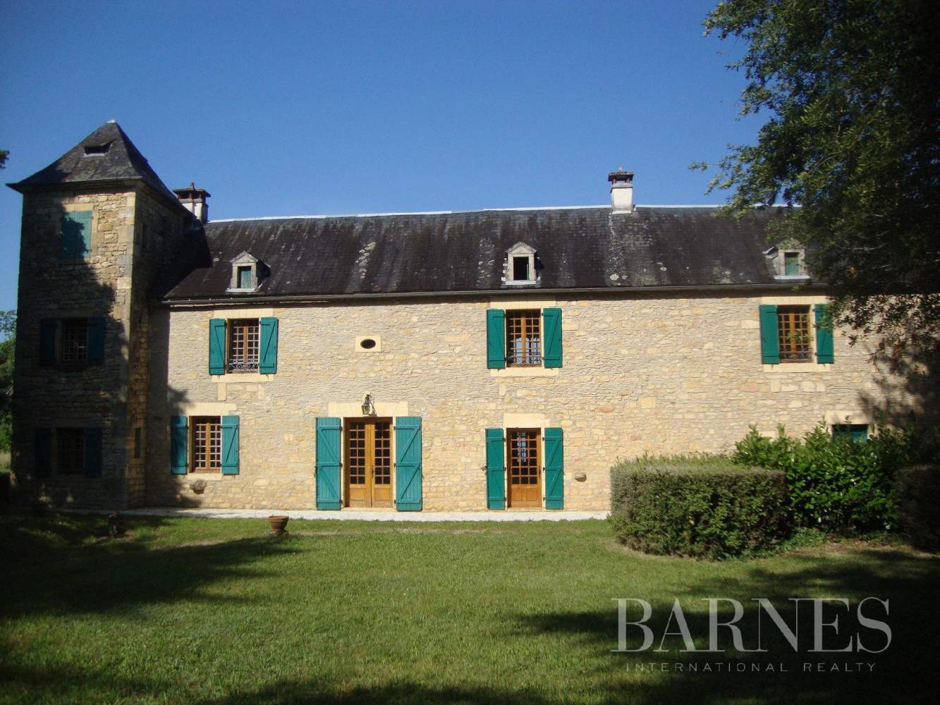 Salignac-Eyvigues  - Maison 10 Pièces - picture 1